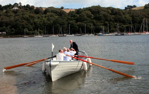 Tricky reverse entry onto the river Dart